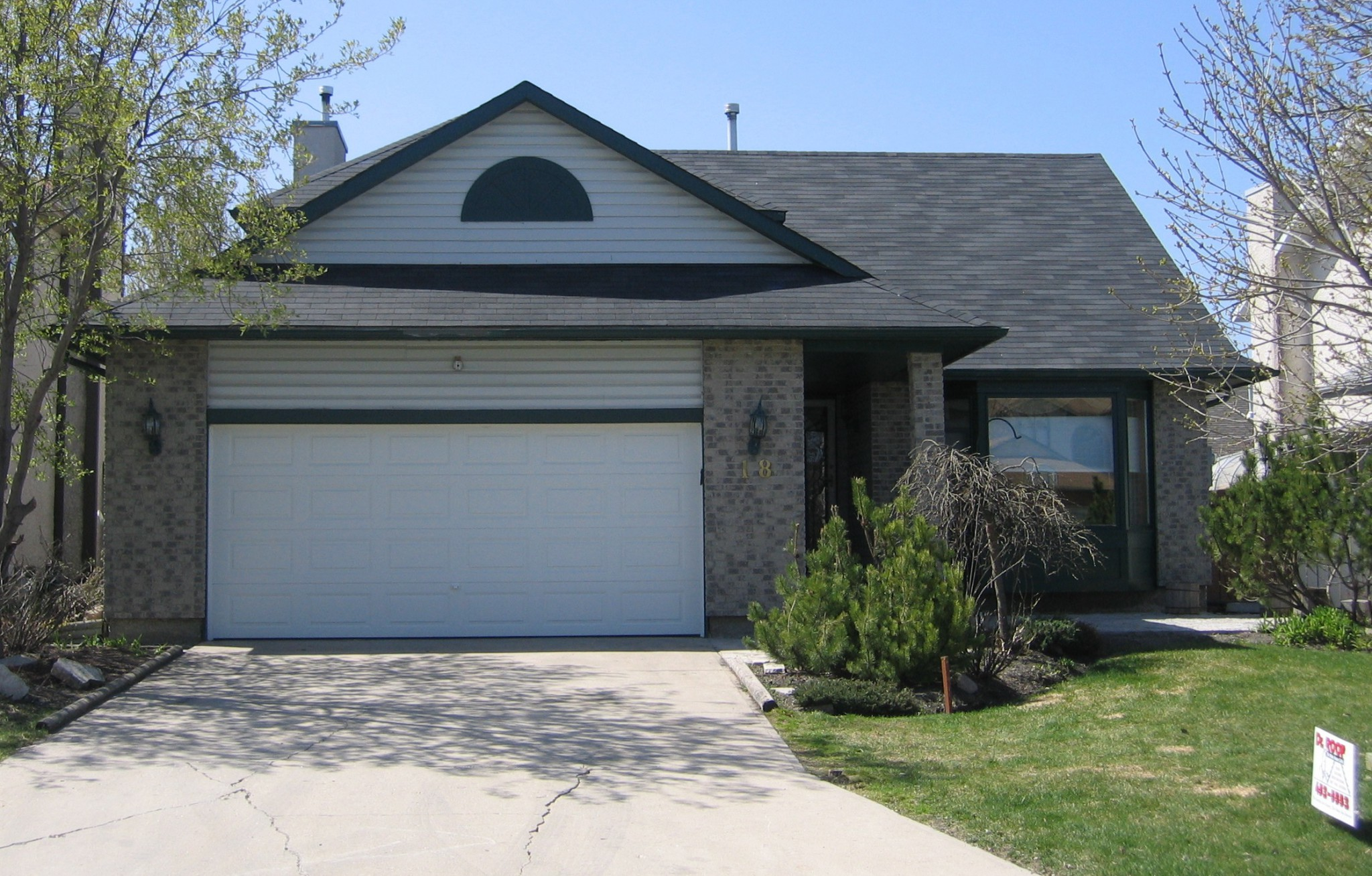 Iko Dual Black 3 Tab Shingles Dr Roof Winnipeg